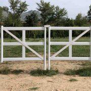 Puerta para vallado pista